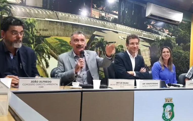 Artur Bruno discute situação das UCs de Fortaleza na Assembleia Legislativa